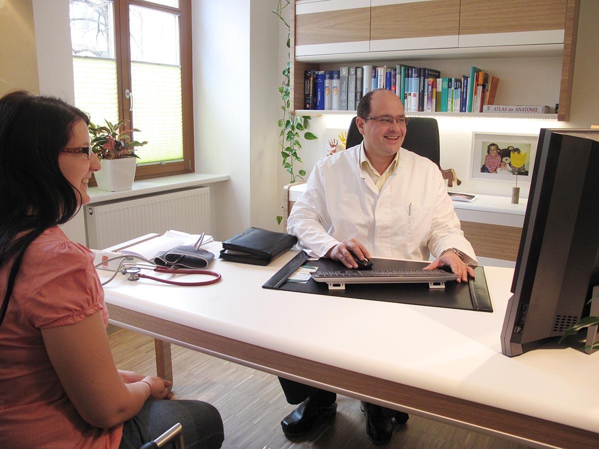 Praxis Innsbruck Internist Dr. Gritsch Dr. Lang Facharzt für Innere Medizin Allgemeinmedizin Besprechung